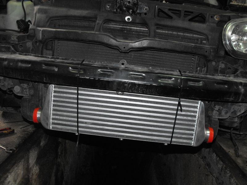 VW Golf 4 1.9 TDI Intercooler i dolot